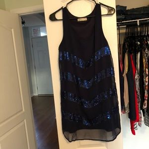 Flowy navy blue dress with sequin pattern